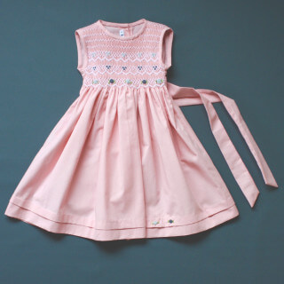 Pepe&Nika PepeandNika Little Apparel coquito Berlin Girls Smocked Dress Pale Pink rose embroidered bow elegant handmade fairtrade
