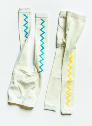 Pepe&Nika Pepe and Nika Littl by Lilit Berlin Little Apparel leggings with zigzag print yellow blue beige girls boys unisex