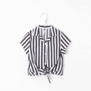 Pepe&Nika PepeandNika Little Apparel Kids Fashion Kindermode MOTORETA Spain Striped Blouse black white summery sommerlich Top Bluse schwarz weiss black&white schwarz weiss Mädchen girls striped gestreift chic vernal frühlingshaft Jara Blouse White & Black stripes