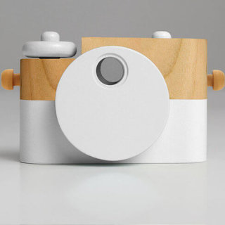 pepeandnika The Twig Co. wooden toy camera kids play design