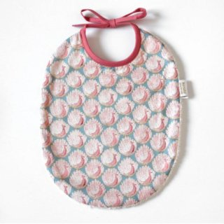 Pepe&Nika PepeandNika Kids Fashion Little Apparel Kindermode BARNABÉ AIME LE CAFÉ France Frankreich Baby Girl bib rose cute vernal summery print romantic frühlingshaft sommerlich mädchenhaft Lätzchen rose Bib for baby girl