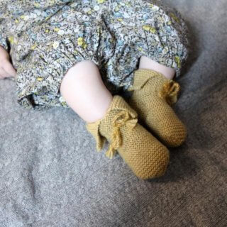 Pepe&Nika PepeandNika Kids Fashion Little Apparel Kindermode BARNABÉ AIME LE CAFÉ France Frankreich Baby Merino Wool Slippers yellow gelb handmade wool vernal plain Wool Slippers Baby Hausschuhe frühlingshaft