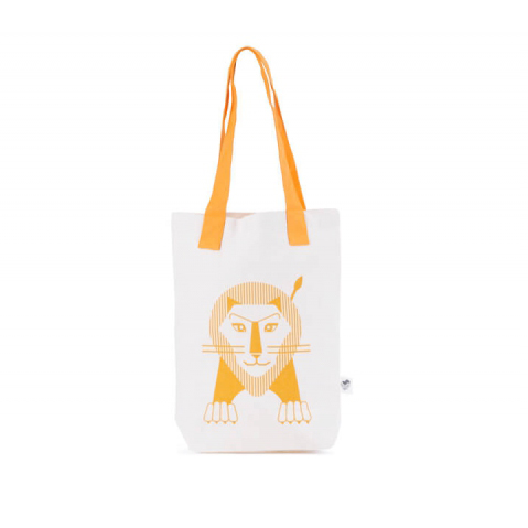 pepe and nika presents lion bag made from 100 percent organic cotton from france les jouets libres