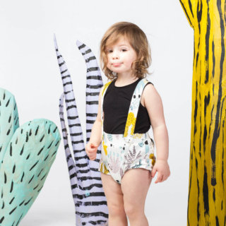 Pepe&Nika PepeandNika Thief&Bandit Little Apparel Kindermode Cactus Suspender Bloomers Shorts Hosenträger bio organic print vernal summery frühlingshaft sommerlich funky extravagant white weiss