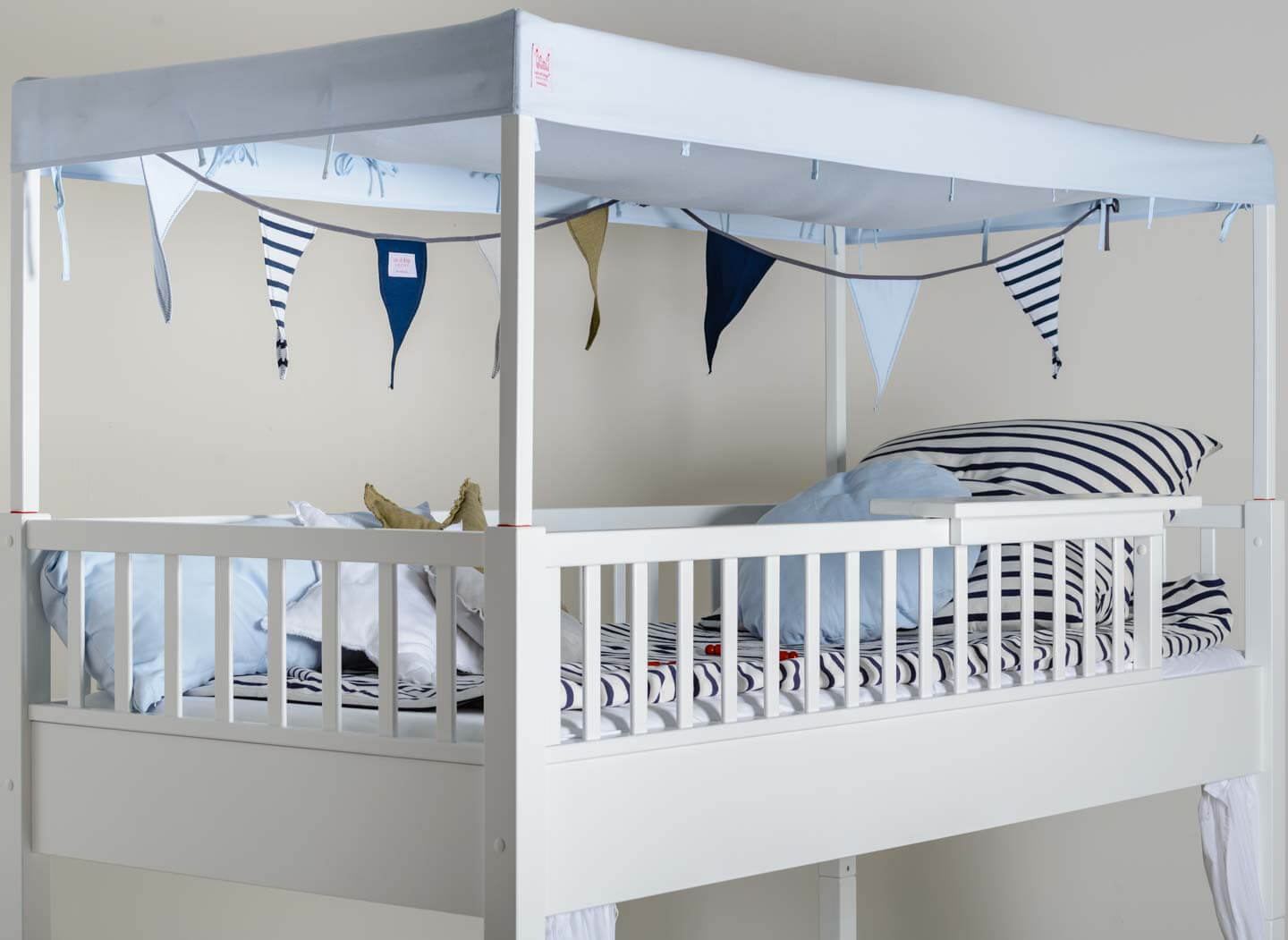 Pepe&Nika Pepandnika isleofdogs Design asseccoires The Pennant Chain baby kind interior